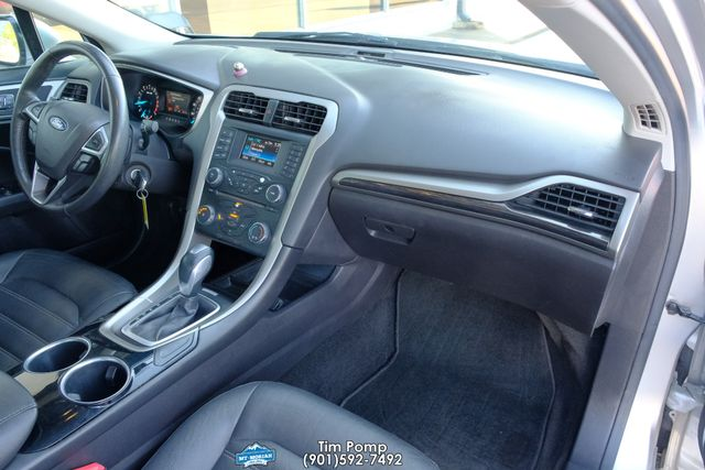 2013 Ford Fusion SE SUNROOF LEATHER SEATS in Memphis, Tennessee 38115