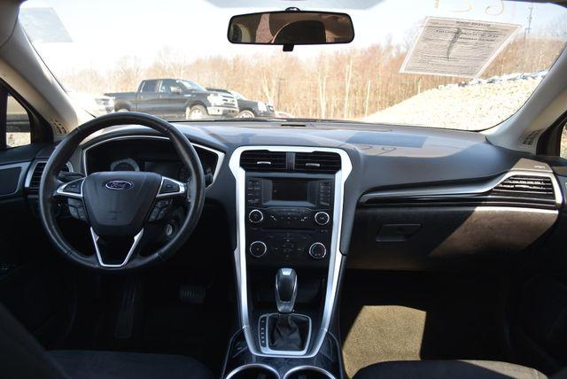 2013 Ford Fusion SE Naugatuck, Connecticut 10