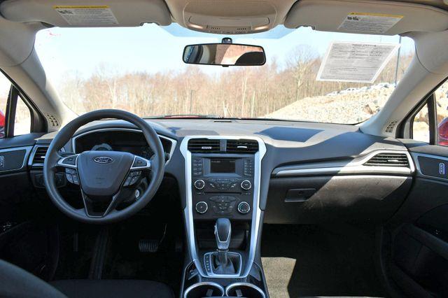 2013 Ford Fusion SE Naugatuck, Connecticut 17