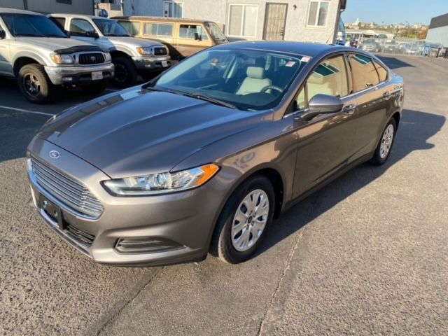 2013 Ford Fusion S - Automatic, 2.5L, 4Cyl, 2WD, 4D Sedan - 1 OWNER, CLEAN TITLE, NO ACCIDENTS, W/ 65,000 MILE
