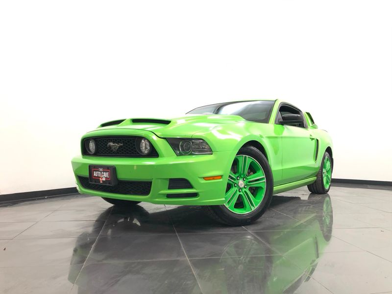 2013 Ford Mustang *Drive TODAY & Make PAYMENTS* | The Auto Cave in Addison