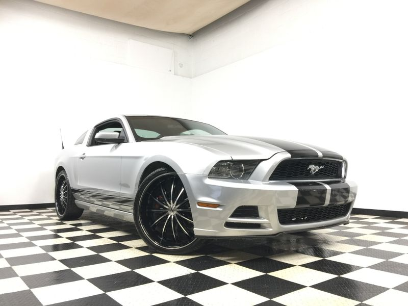 2013 Ford Mustang *Easy In-House Payments*   The Auto Cave in Addison