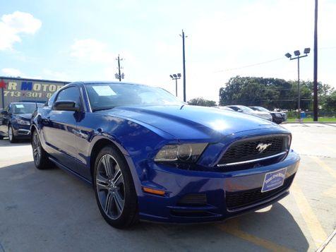 2013 Ford Mustang V6 in Houston