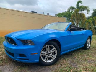 2013 Ford Mustang V6 in Lighthouse Point FL