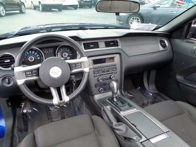 2013 Ford Mustang V6 in Nashville, Tennessee 37211