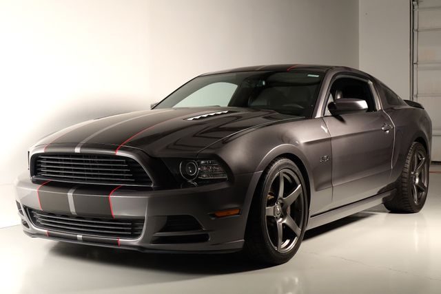 2013 Ford Mustang GT Premium* Manual* Custom Wheels* EZ Finance**   Plano, TX   Carrick's Autos in Plano TX