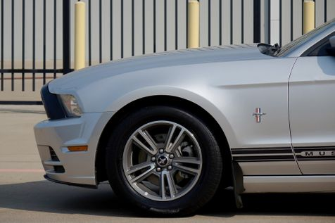 2013 Ford Mustang V6 Premium* V6* Auto* EZ Finance** | Plano, TX | Carrick's Autos in Plano, TX