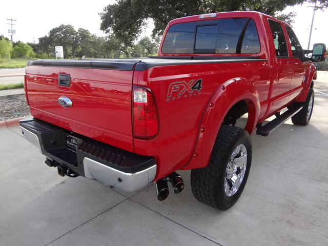 2013 Ford Super Duty F-250 Pickup Lariat Austin , Texas 9