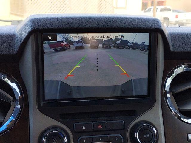 2013 Ford Super Duty F-250 Pickup Lariat in Pleasanton, TX 78064