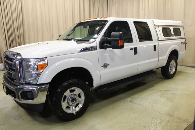 2013 Ford Super Duty F-250 Diesel 4x4 Tommy gate XLT in Roscoe IL, 61073