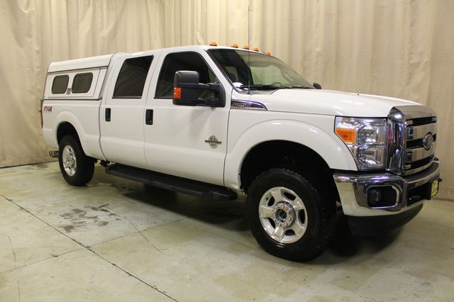 2013 Ford Super Duty F-250 Diesel 4x4 Tommy gate XLT