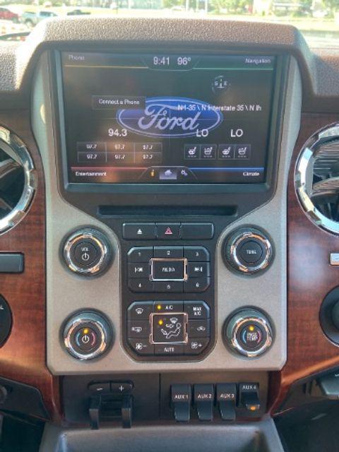 2013 Ford Super Duty F-250 Pickup King Ranch in San Antonio, TX 78233