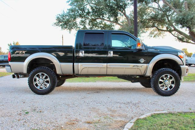 2013 Ford Super Duty F-250 Pickup Lariat Sealy, Texas 12