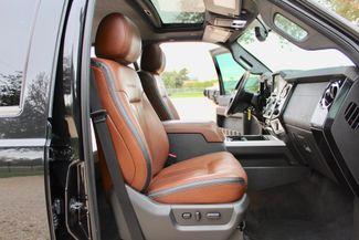 2013 Ford Super Duty F-250 Platinum Crew Cab 4X4 6.7L Powerstroke Diesel Auto Sealy, Texas 46