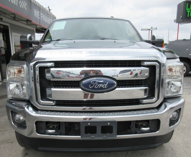 2013 Ford Super Duty F-250 Pickup Lariat south houston, TX 5