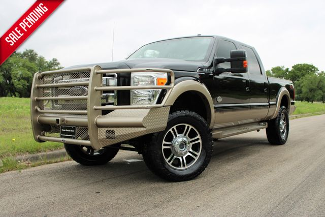 2013 Ford Super Duty F-250 Pickup King Ranch in Temple, TX 76502