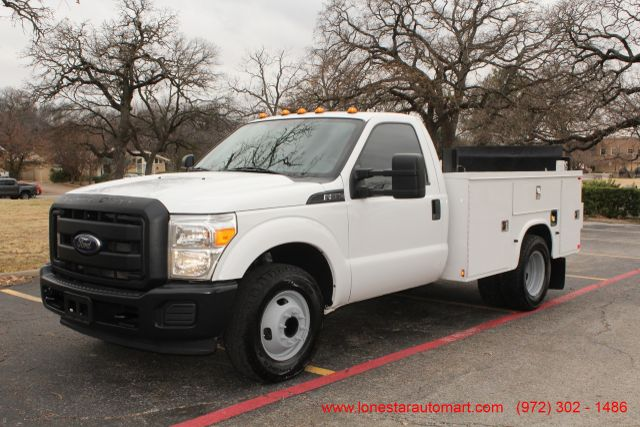 2013 Ford Super Duty F-350 Service Utility Contractor Work Truck W/ Lift Irving, Texas 1
