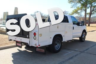 2013 Ford Super Duty F-350 Service Utility Contractor Work Truck W/ Lift Irving, Texas
