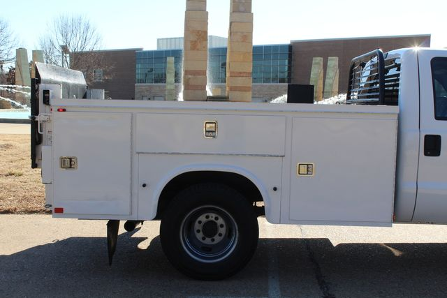 2013 Ford Super Duty F-350 Service Utility Contractor Work Truck W/ Lift Irving, Texas 13