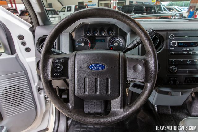 2013 Ford Super Duty F-350 SRW Pickup XL 4X4 in Addison Texas, 75001