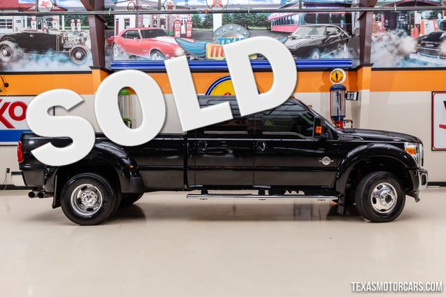 2013 Ford Super Duty F-450 Pickup Lariat 4x4 Dually
