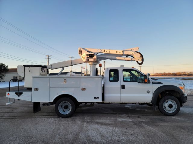 2013 Ford Super Duty F-550 DRW Chassis Cab XL Lake In The Hills, IL 3