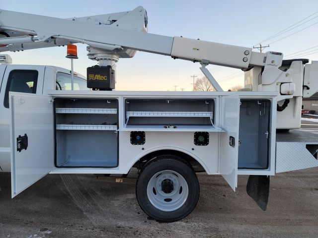 2013 Ford Super Duty F-550 DRW Chassis Cab XL Lake In The Hills, IL 21