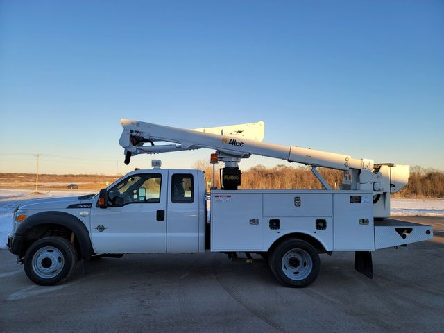 2013 Ford Super Duty F-550 DRW Chassis Cab XL Lake In The Hills, IL 8