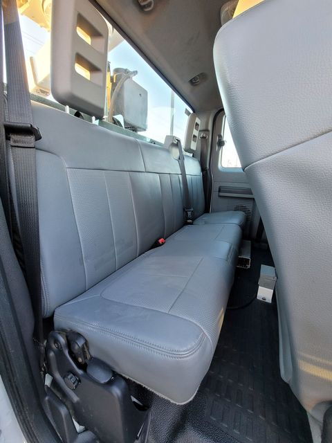 2013 Ford Super Duty F-550 DRW Chassis Cab XL Lake In The Hills, IL 14