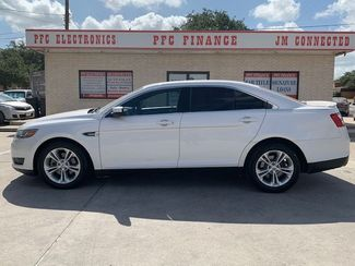 2013 Ford Taurus SEL in Devine, Texas 78016