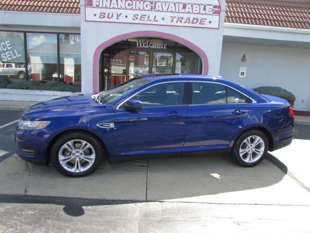 2013 Ford Taurus SEL in Fremont, OH 43420