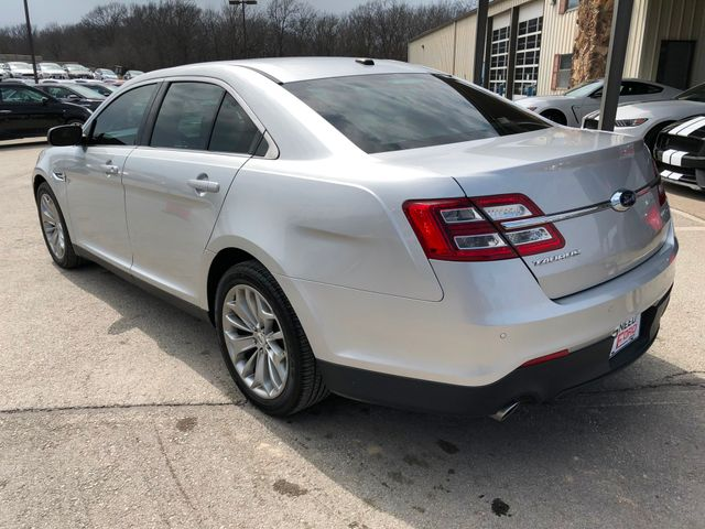 2013 Ford Taurus Limited in Gower Missouri, 64454