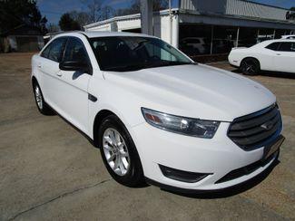 2013 Ford Taurus SE Houston, Mississippi 1