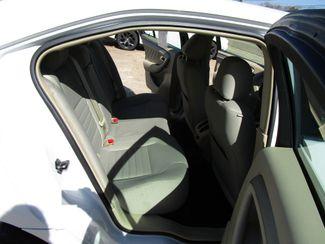 2013 Ford Taurus SE Houston, Mississippi 9