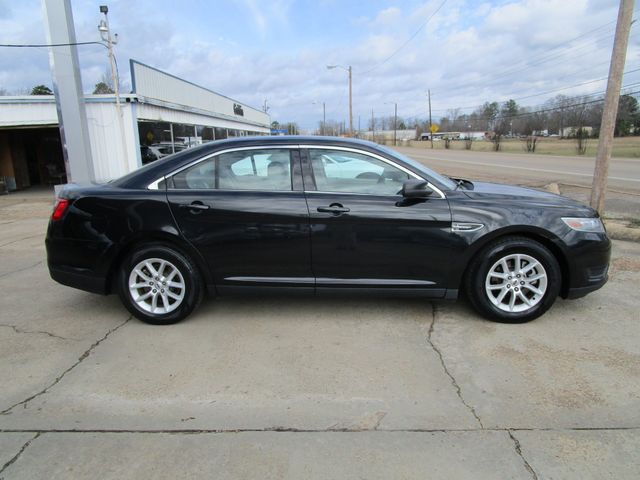 2013 Ford Taurus SE Houston, Mississippi 3