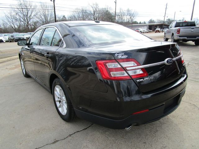 2013 Ford Taurus SE Houston, Mississippi 4