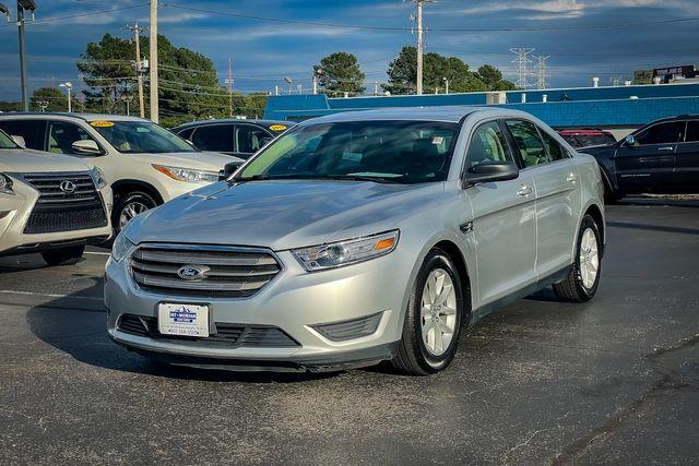 2013 Ford Taurus SE in Memphis, TN 38115