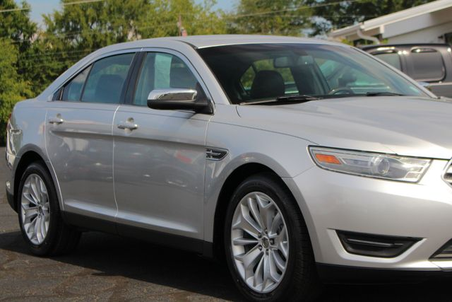 2013 Ford Taurus Limited FWD - 301A PKG - HEATED/COOLED LEATHER! Mooresville , NC 25