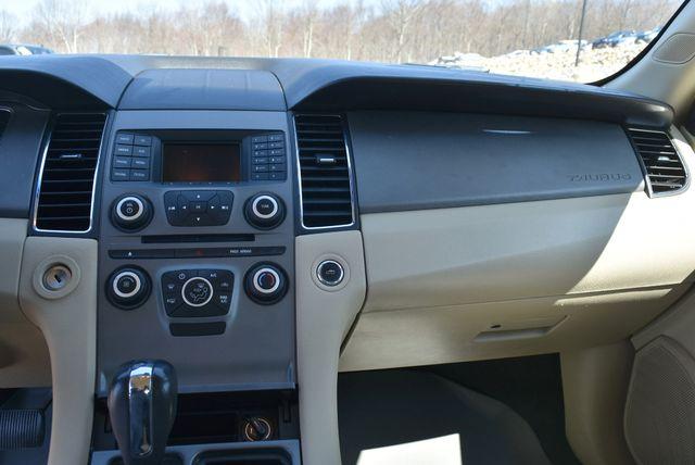 2013 Ford Taurus SE Naugatuck, Connecticut 20