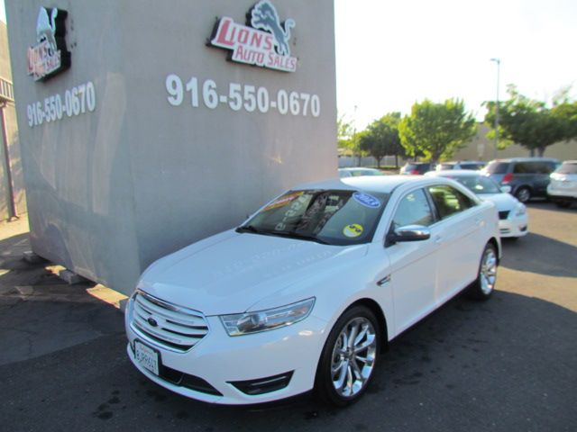 2013 Ford Taurus Limited / Loaded