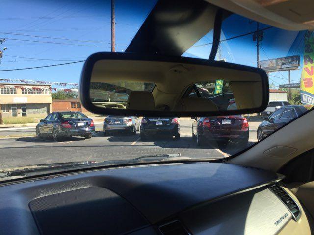 2013 Ford Taurus SEL in San Antonio, TX 78212