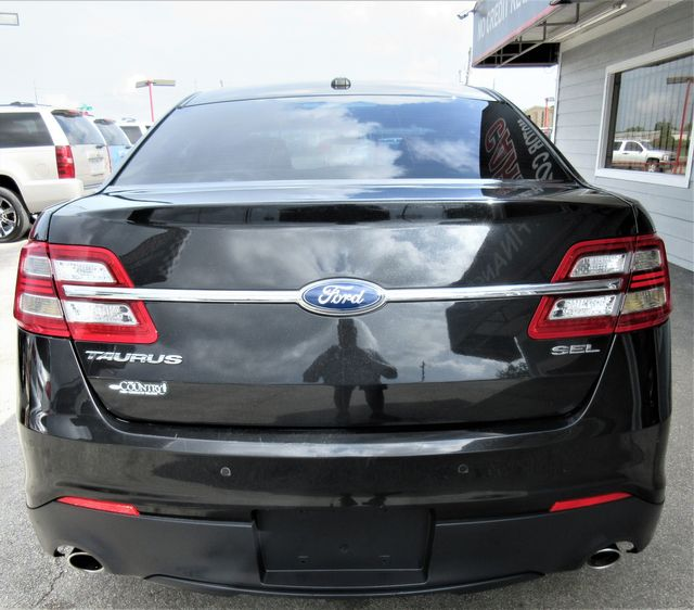 2013 Ford Taurus SEL south houston, TX 3