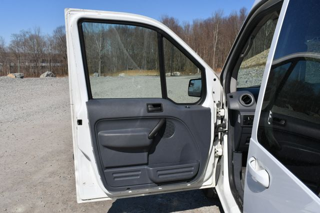2013 Ford Transit Connect Wagon XLT Naugatuck, Connecticut 15