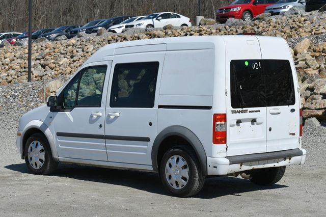 2013 Ford Transit Connect Wagon XLT Naugatuck, Connecticut 4