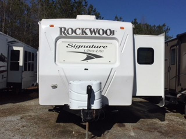 2013 Forest River ROCKWOOD 8329SS