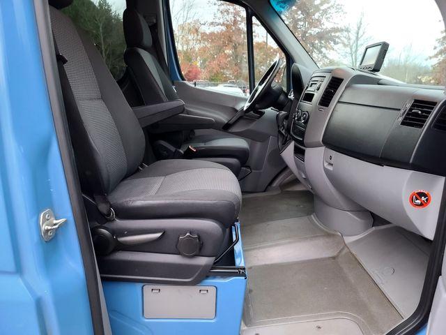 2013 Freightliner 2500 Sprinter 3.0L V6 Turbo DIESEL Std Roof Van 144 WB in Louisville, TN 37777