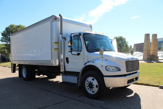 2013 Freightliner Business Class M2 20FT HBOX Box Truck - Straight Truck W/ Ramp in Irving, Texas 75060