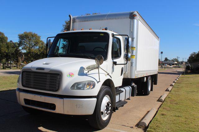 2013 Freightliner Business Class M2 18FT HBOX Box Truck - Straight Truck Irving, Texas 8