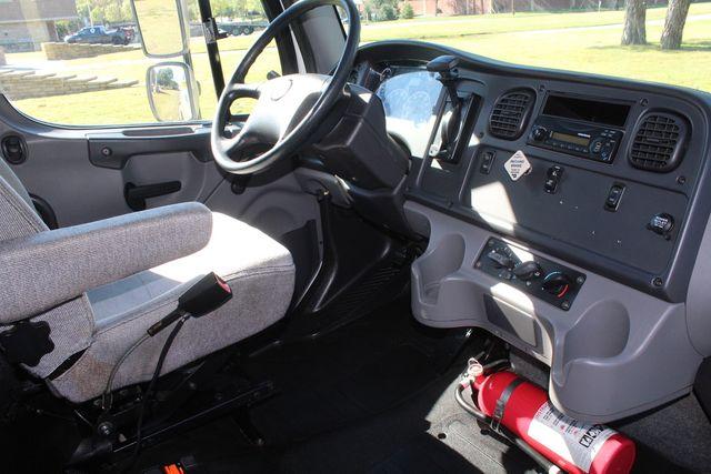 2013 Freightliner Business Class M2 18FT HBOX Box Truck - Straight Truck Irving, Texas 62