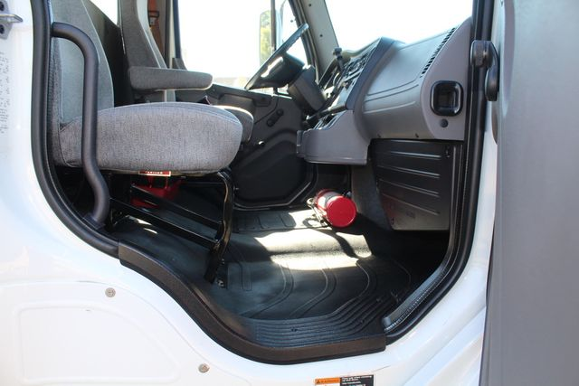 2013 Freightliner Business Class M2 18FT HBOX Box Truck - Straight Truck Irving, Texas 63